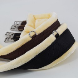 Synthetic sheepskin girth