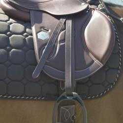Leather stirrups