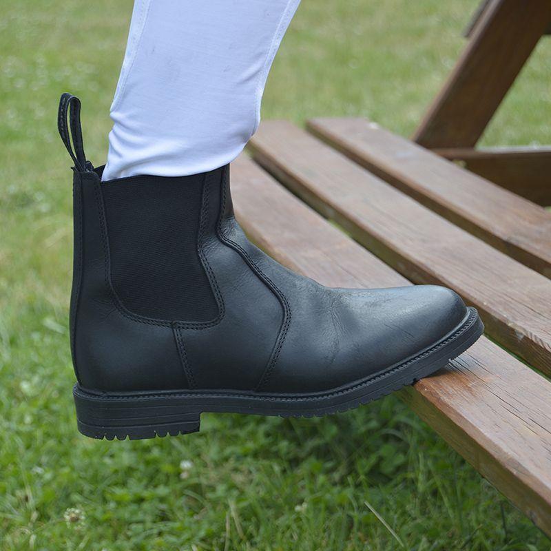 Boots Paddock San Cierro (child & adult)